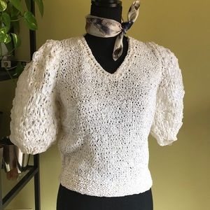 Tops - Vintage hand knitted v-neck sweater top
